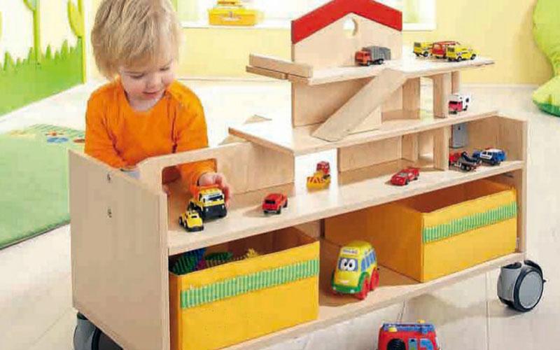 Move-upp Spielwagen für die Kinder der Krümelkiste