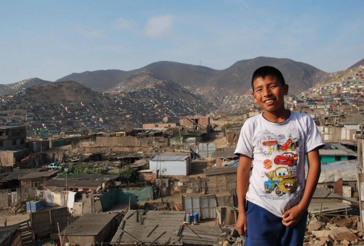 Ein Hörgerät für Jean Carlos aus Pueblo Joven (Peru)